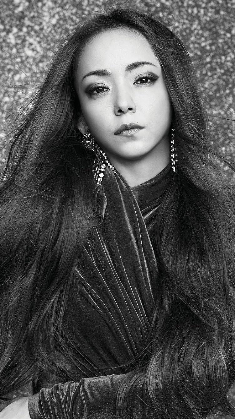安室奈美恵 Iphone8 7 6s 6 750 1334 壁紙 Vogue Taiwan 2018年 7月号