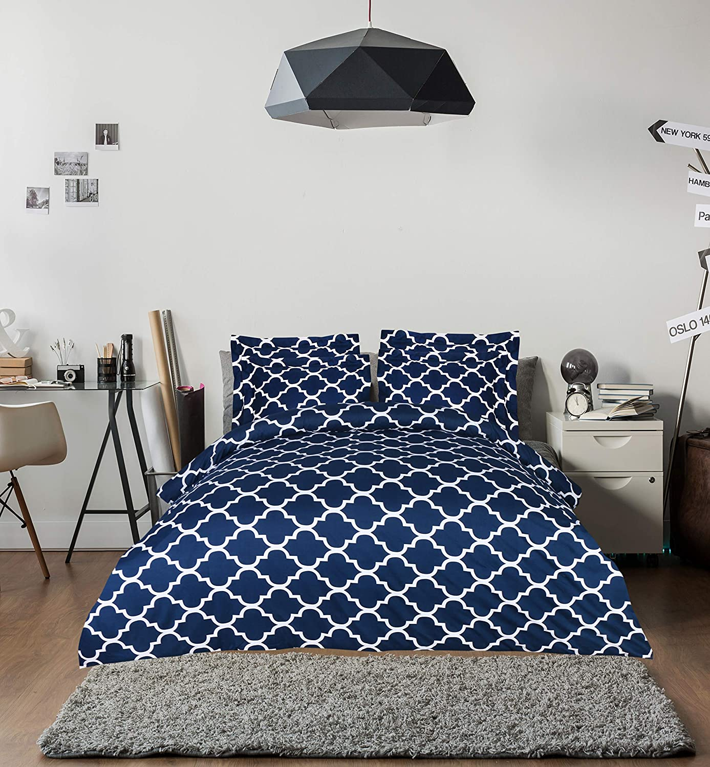 Utopia Bedding 3pc Microfiber Duvet Cover Set (Queen, Printed Navy
