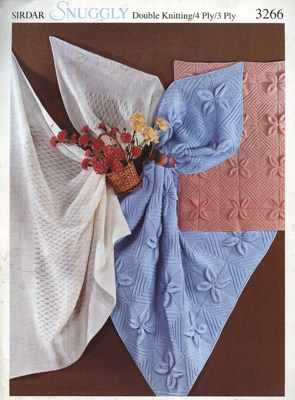 e8c83dce91b6 SIRDAR 3266 KNITTING PATTERN   Baby blankets and shawl  Amazon.co.uk ...