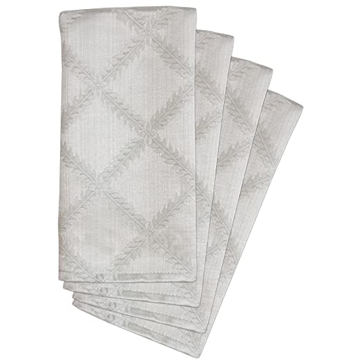 Lenox Platinum Laurel Leaf Damask Napkins Set of 4 | http://christmastablescapedecor.com/elegant-silver-table-setting/