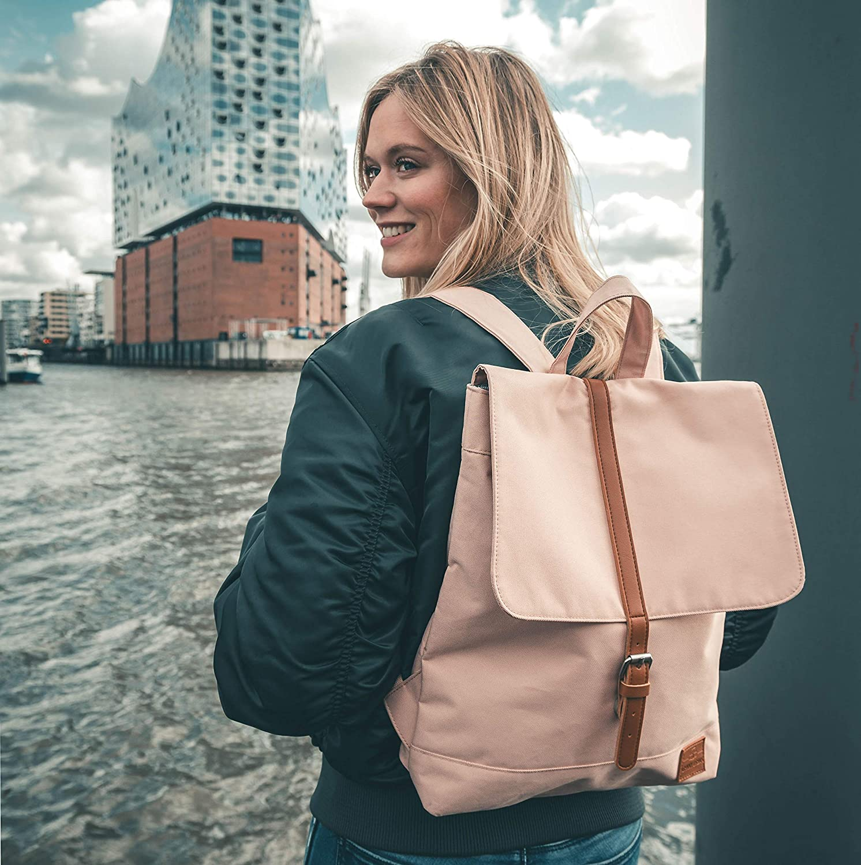 Veganer Lederrucksack Damen nachhaltig Pet Recycelt Hamburg Wasser Frau