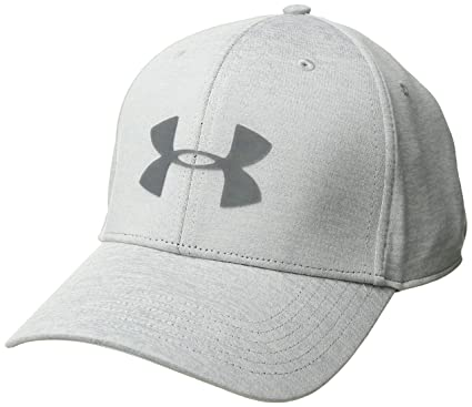 Amazon.com  Under Armour Men s Twist Closer 2.0 Hat  Sports   Outdoors a5f59c0ae18