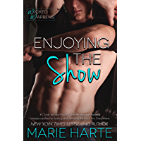 Enjoying the Show (Wicked Warrens Book 1) (English Edition)