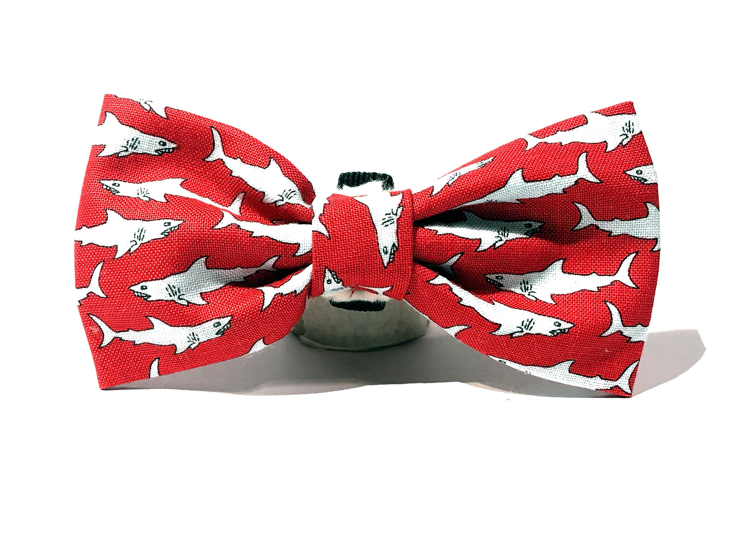 Very Vintage Design Dog Cat Collar Bow Tie Shark Attack Red Gray Sharks Ocean Beach Mar Hand Crafted Collection Organic Cotton Personalized Adjustable Pet Floral Bowtie