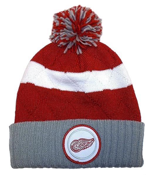0956928e3e5 Amazon.com  Mitchell   Ness NHL Beanie Detroit Red Wings Stripe Hi ...