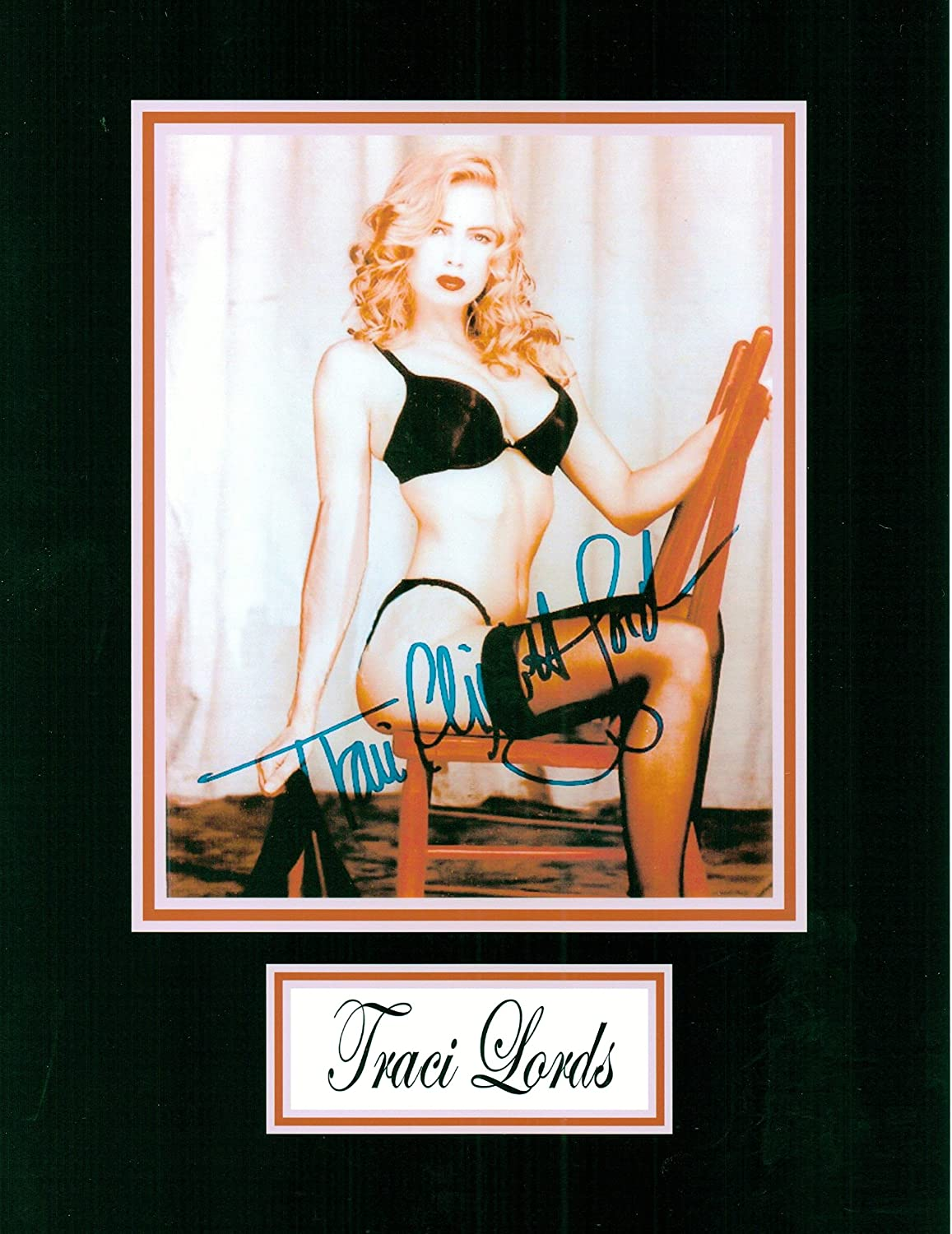Kirkland Traci Lords 8 X 10 Autograph Posed Photo on Glossy Photo Paper