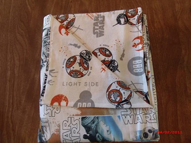 46403cbbe3b Amazon.com  Star Wars The Last Jedi Two sided Baby Blanket 100 ...