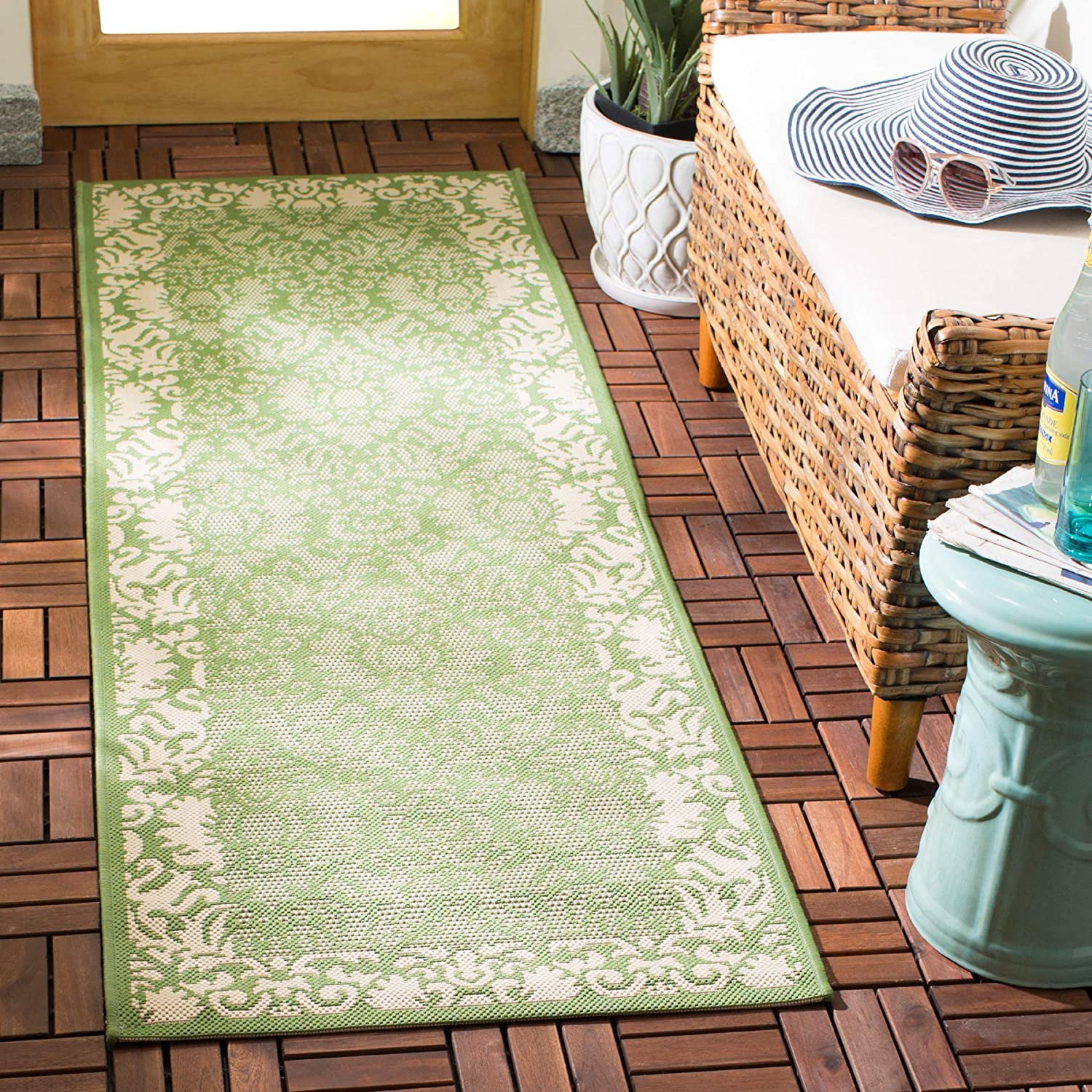 Amazon Com Safavieh Courtyard Collection Cy2727 Indoor Outdoor Non Shedding Stain Resistant Patio Backyard Runner 2 3 X 6 7 Olive Natural Furniture Decor