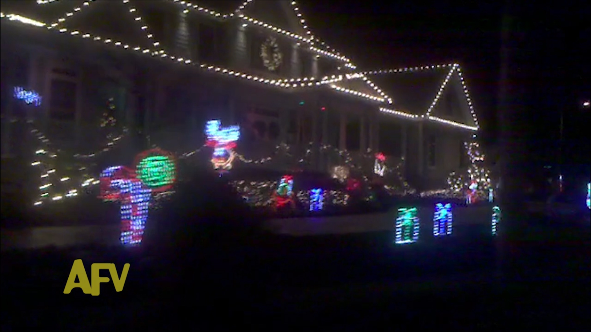 Lazy Christmas House Lights