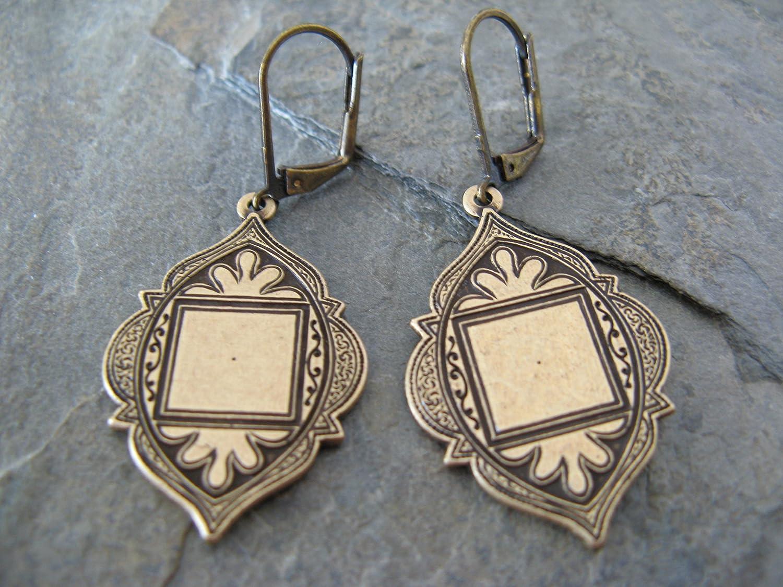 Vintage Style Copper Medallion Dangling Leverback Earrings Bohemian Artisan