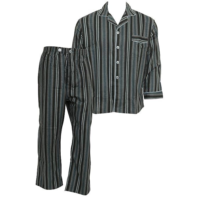 Conjunto pijama con camisa de botones de manga larga y pantalones a rayas con 100%