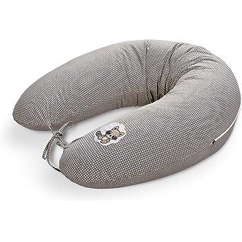 Ein Stillkissen bietet sowohl für die Mutter als auch für das Neugeborene einen hohen Komfort.