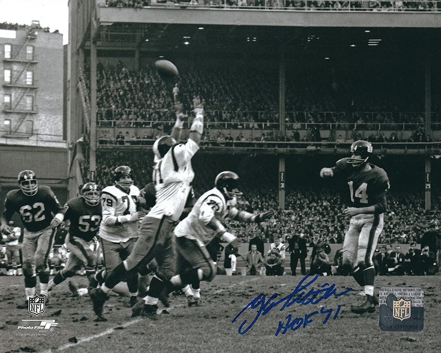 Autographed Y. A. Tittle HOF 8x10 New York Giants Photo