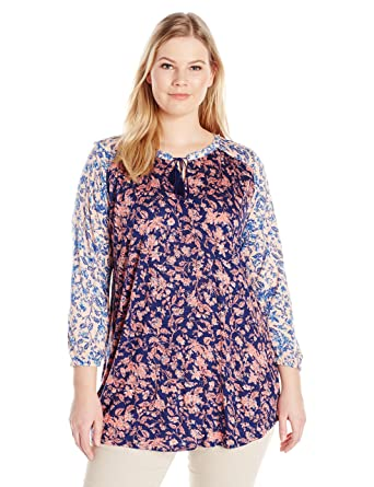 c5cf44611881a4 Lucky Brand Women s Plus Size Mixed Floral Top at Amazon Women s ...