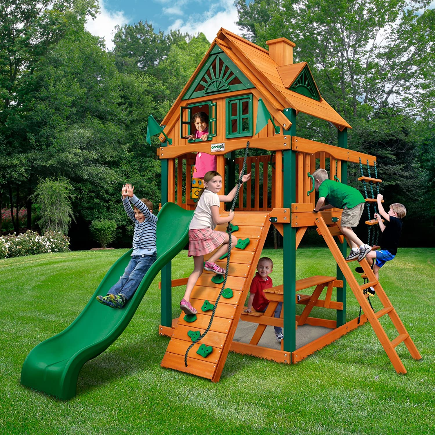 Amazoncom Chateau Treehouse Tower Swing Set With Timber Shield Toys