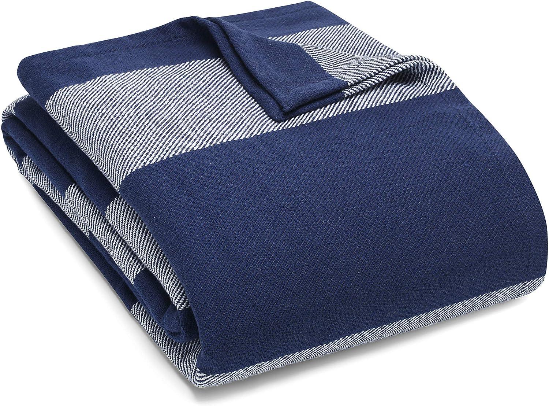 Eddie Bauer Home Boylston Collection Hypoallergenic Blanket 100 Cotton Lightweight Breathable Striped Pattern Blanket Machine Washable Full Queen Navy Home Kitchen