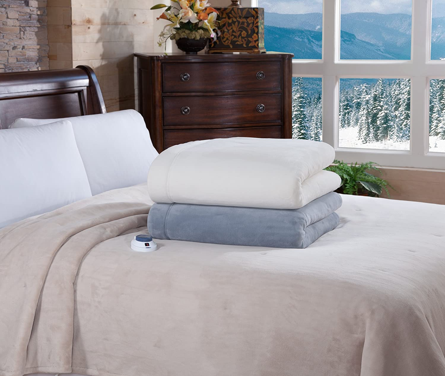 Amazon.com: Soft Heat Luxurious Macromink Fleece Low-Voltage Electric Heated  Blanket, King Size, Natural: Home & Kitchen