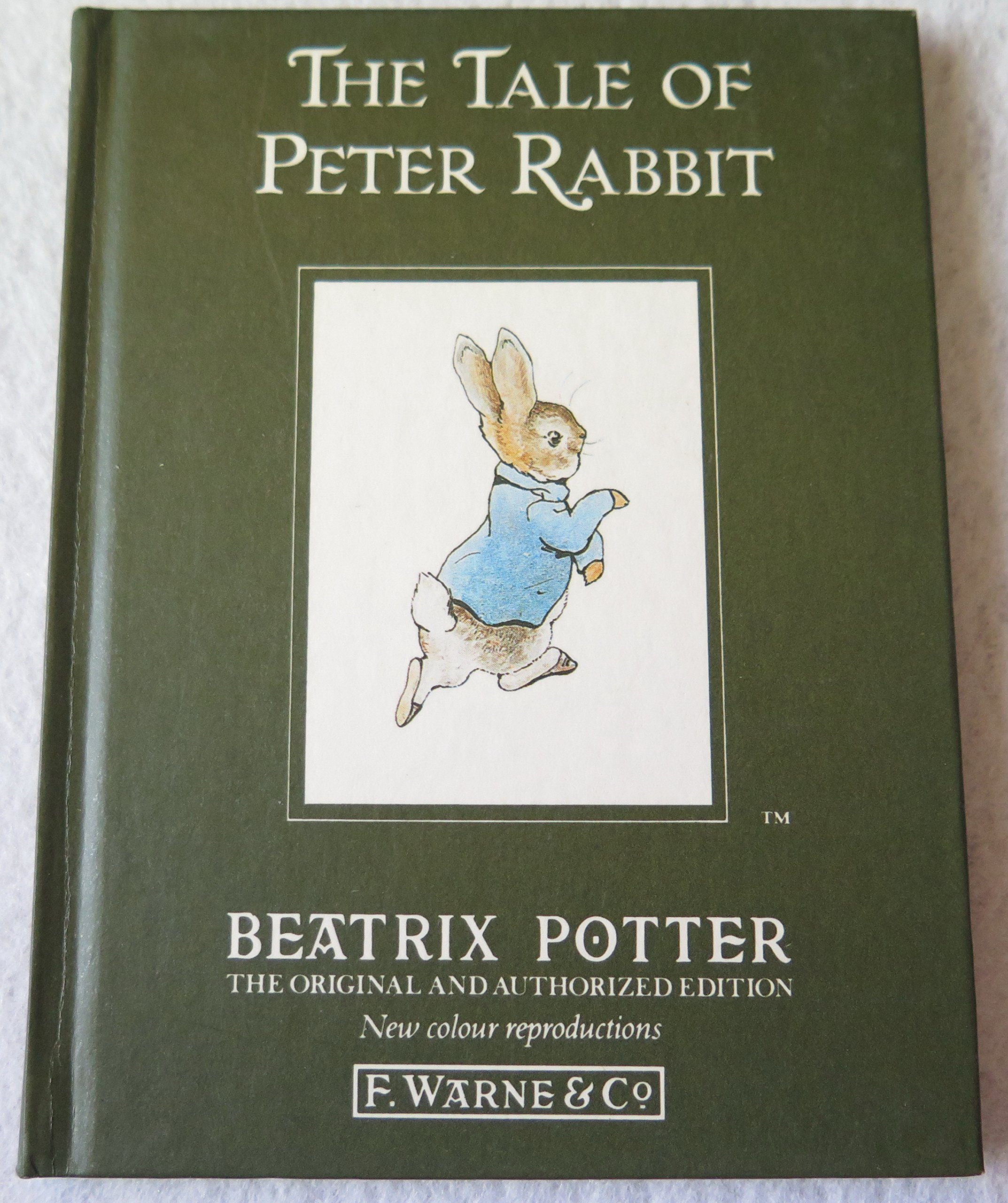 The Tale Of Peter Rabbit: Beatrix Potter: 9780723234609: Amazon: Books