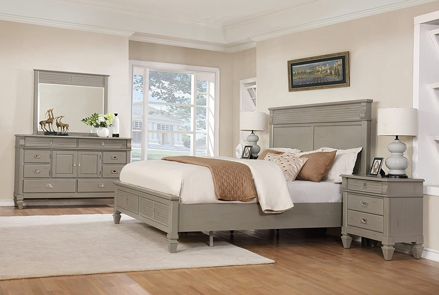 Amazon Com Roundhill Furniture York 204 Solid Wood Construction Bedroom Set With King Size Bed Dresser Mirror And 2 Night Stands Furniture Decor