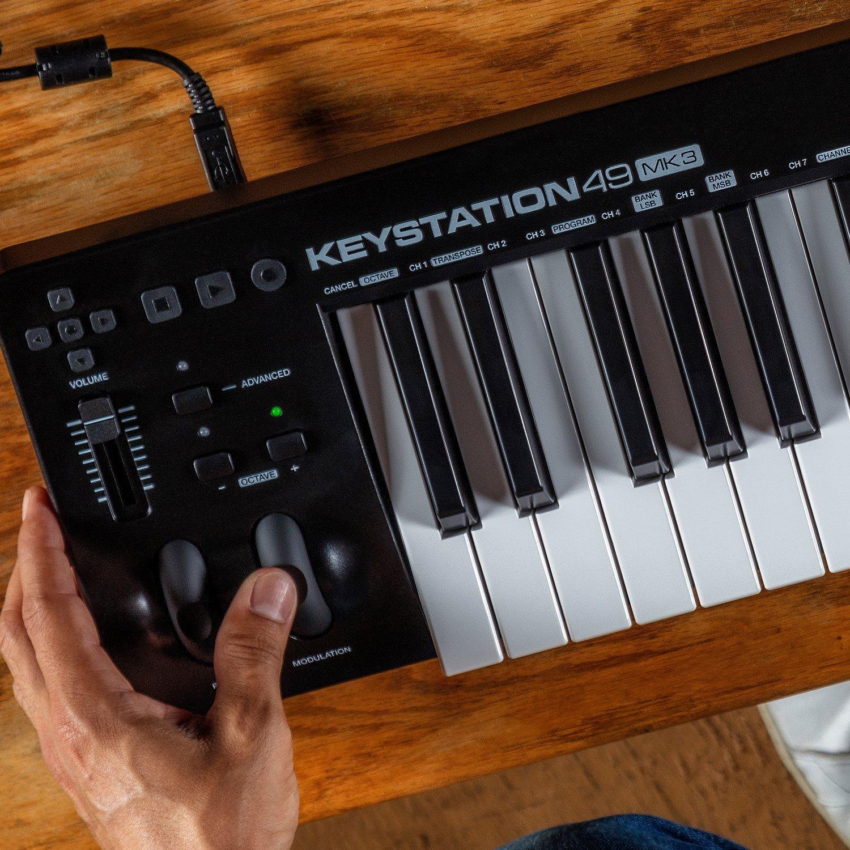 M-Audio Keystation Mini 32 MK3 | Ultra-Portable Mini USB MIDI