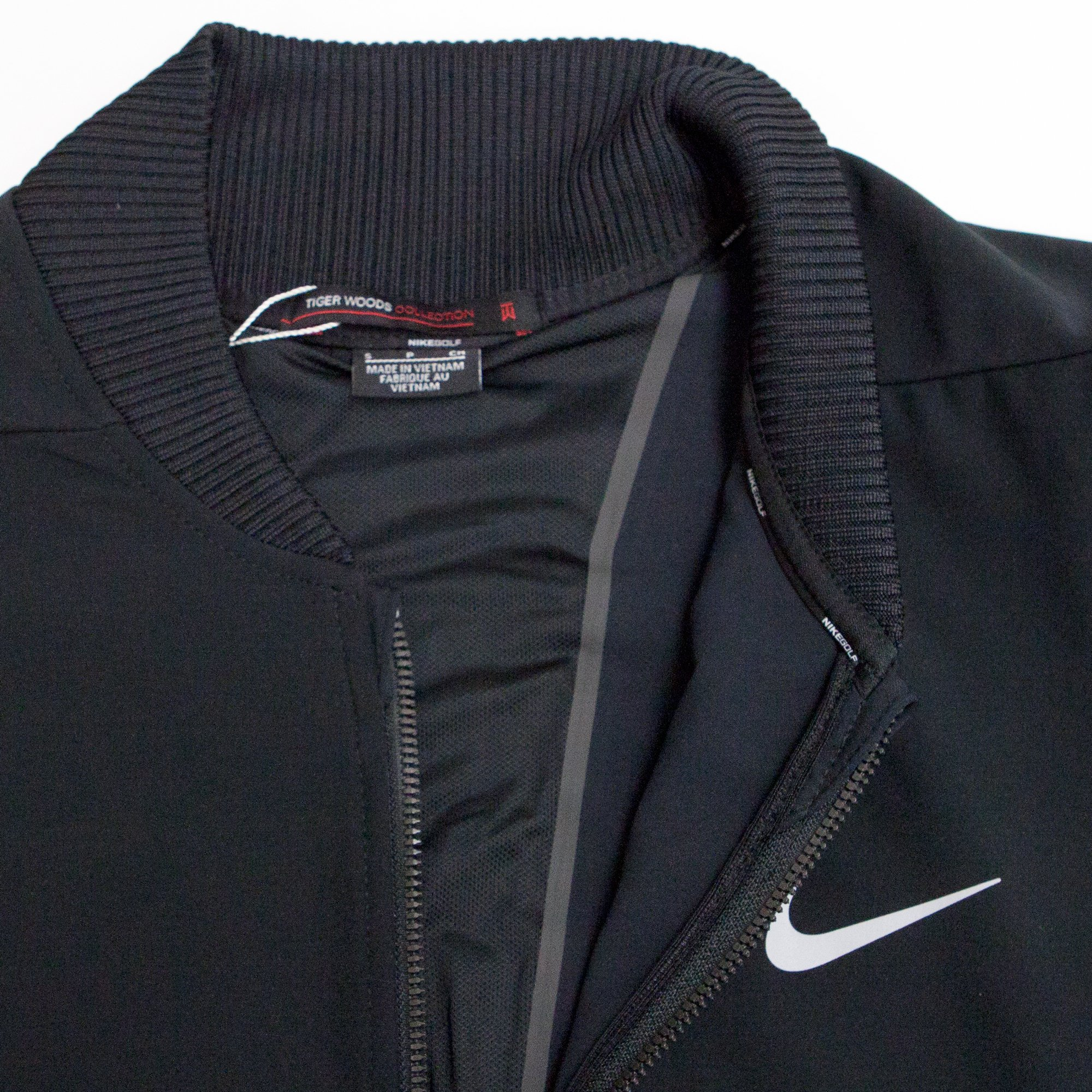 Nike TW (Tiger Woods Collection) Hyperadapt Men's Golf Bomber Jacket (Small, Black/Flat Silver) by Nike (Image #3)