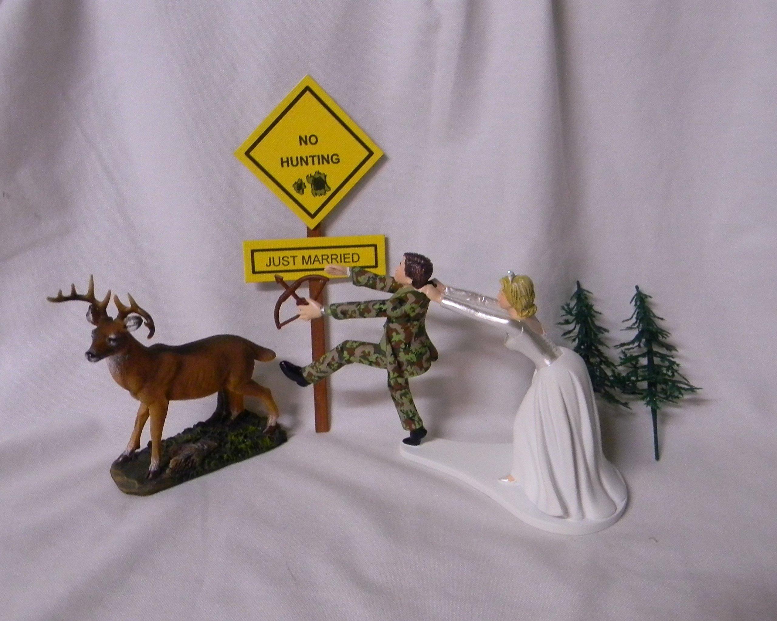 Wedding Reception Deer Camo Bow Arrow Hunter no hunting Sign Cake Topper
