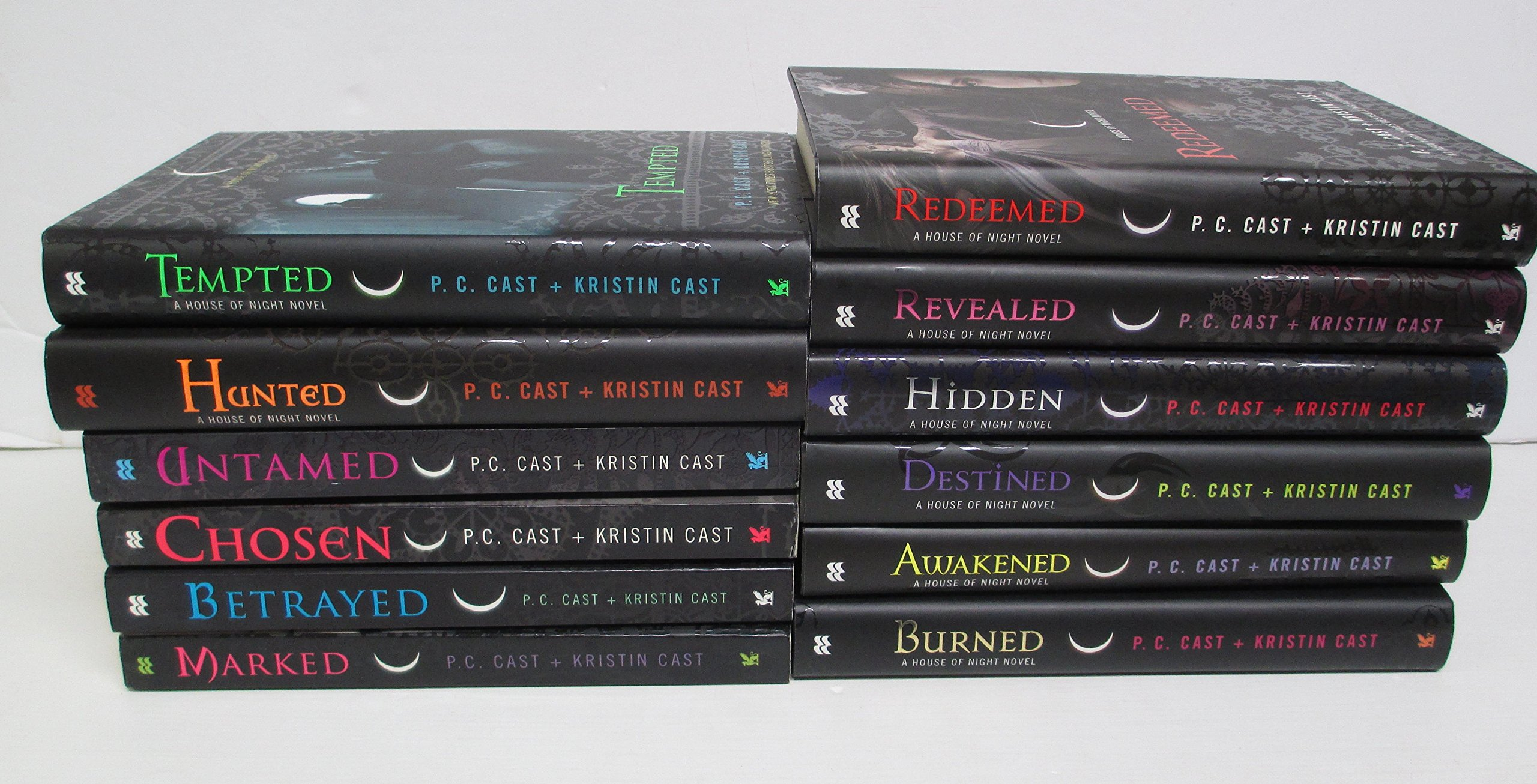 House of Night Novels Complete 12 volumes: P. C. Cast and Kristin Cast:  Amazon.com: Books