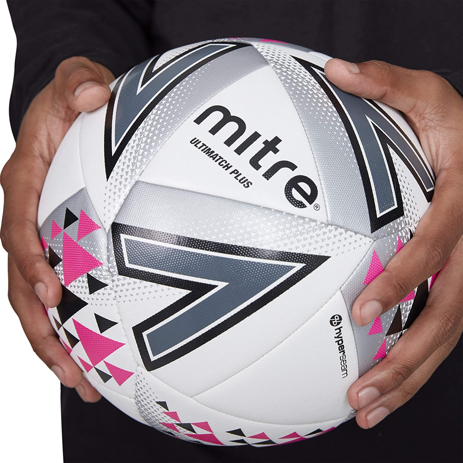 14.99 NEW    Mitre Football Ultimatch White GOOD MATCH BALL  size 4 or 5