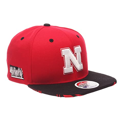 9a9e7637d96 Image Unavailable. Image not available for. Color  ZHATS NCAA Nebraska  Cornhuskers Adult Men s Drop Step Snapback Hat ...