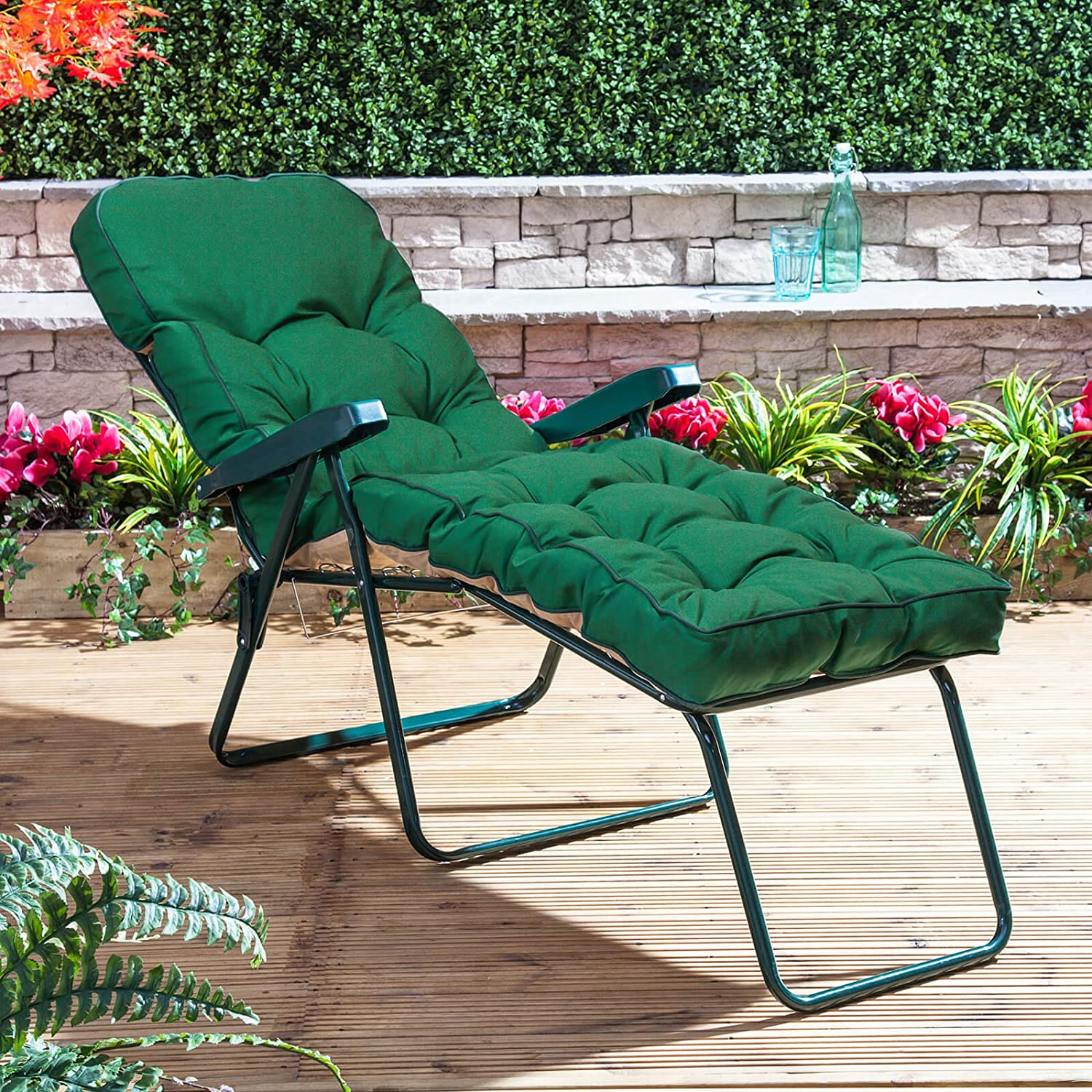 Alfresia Classic Sun Lounger Cushion in Green Sunloungers