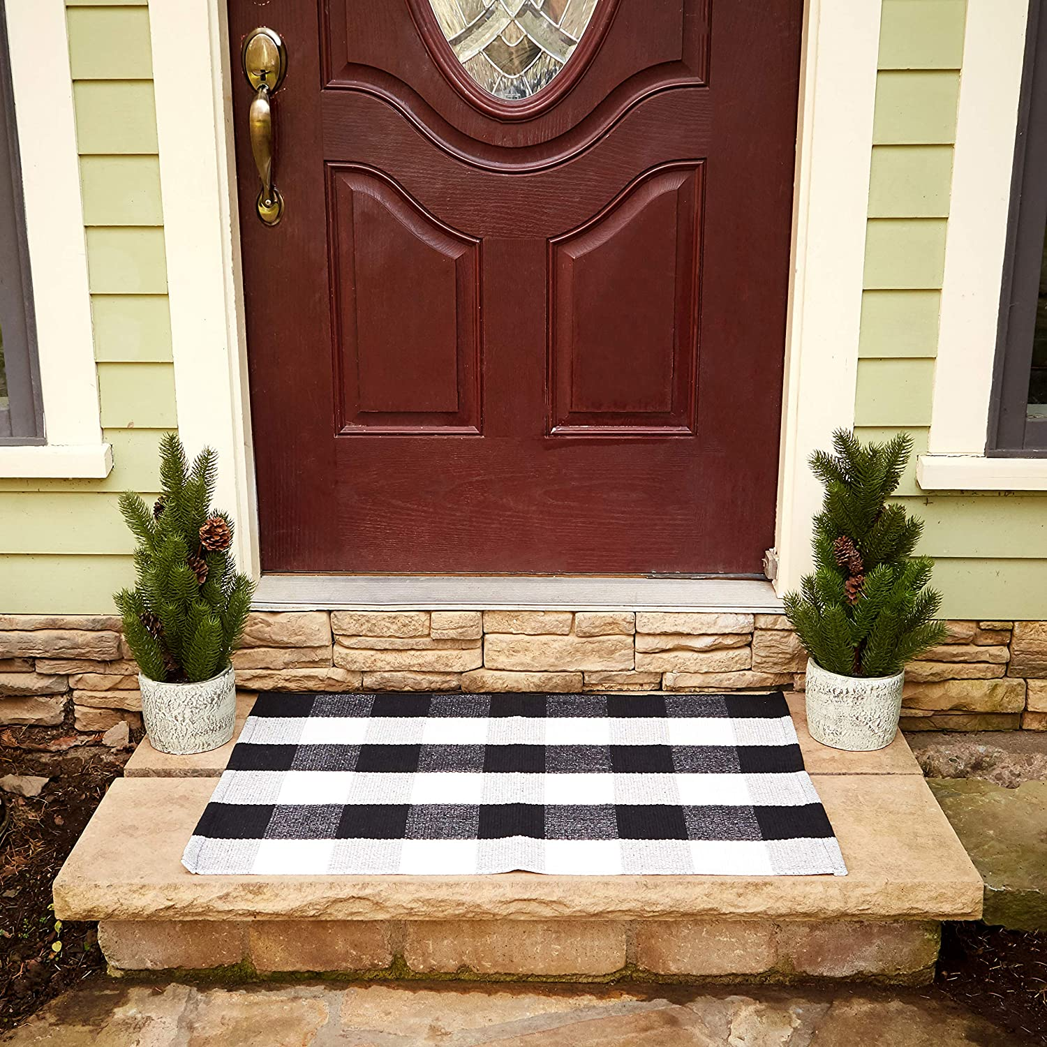 Buffalo Checkered Rug - Plaid Welcome Doormat - Outdoor/Indoor/Door/Floor/Kitchen/Rugs/Front Porch/Bathroom/Laundry Room/Bedroom - White/Black Outside Mat - House Flannel Doormats - 24inch x 36inch