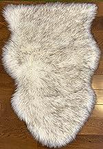 Soft, Luxurious Faux Sheepskin Rug/Throw by Livving, 1 Pelt Size (24