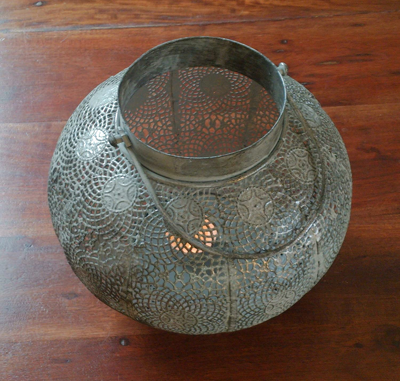 KamelundMilch.de Windlicht Metall Glas Gross antik Laterne Orient marokkanisch mit Metallhenkel Teelichthalter