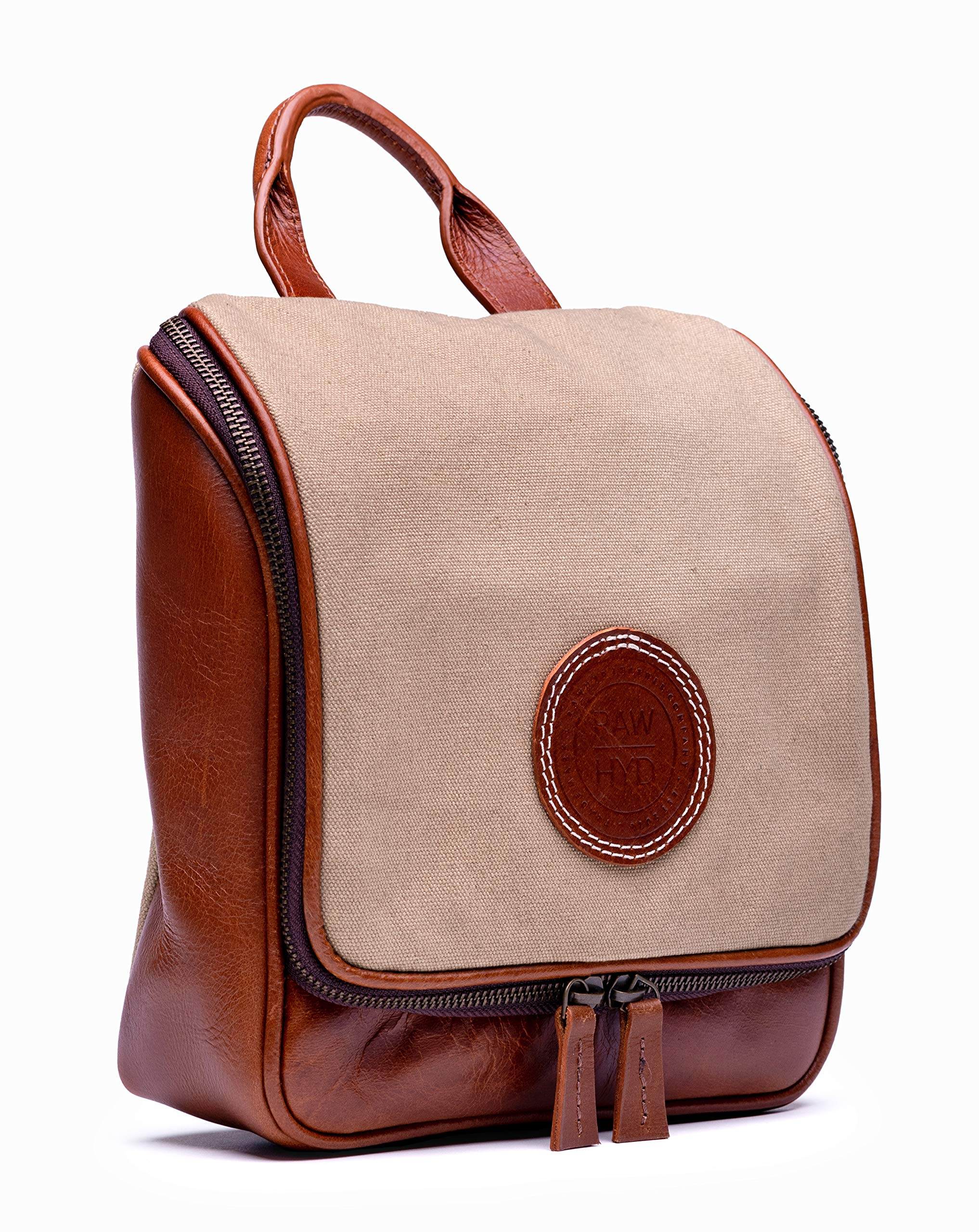 0fecb2259d Amazon.com   RAWHYD Waxed Canvas   Leather Travel Hanging Toiletry Bag For  Men