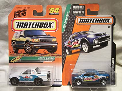 Amazon.com: Matchbox playa serie Isuzu Amigo # 54 & MBX ...