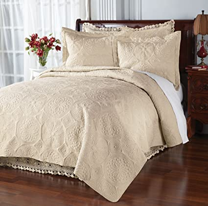 Matelasse Coverlet Set   Soft, Quilted Microfiber Full/Queen Bedspread With  Matching Standard Shams