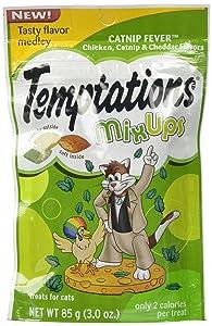 Temptations Cat Treats Mix Ups, Catnip Fever Chicken, Catnip and Cheddar Flavors, 3 Oz Pouch