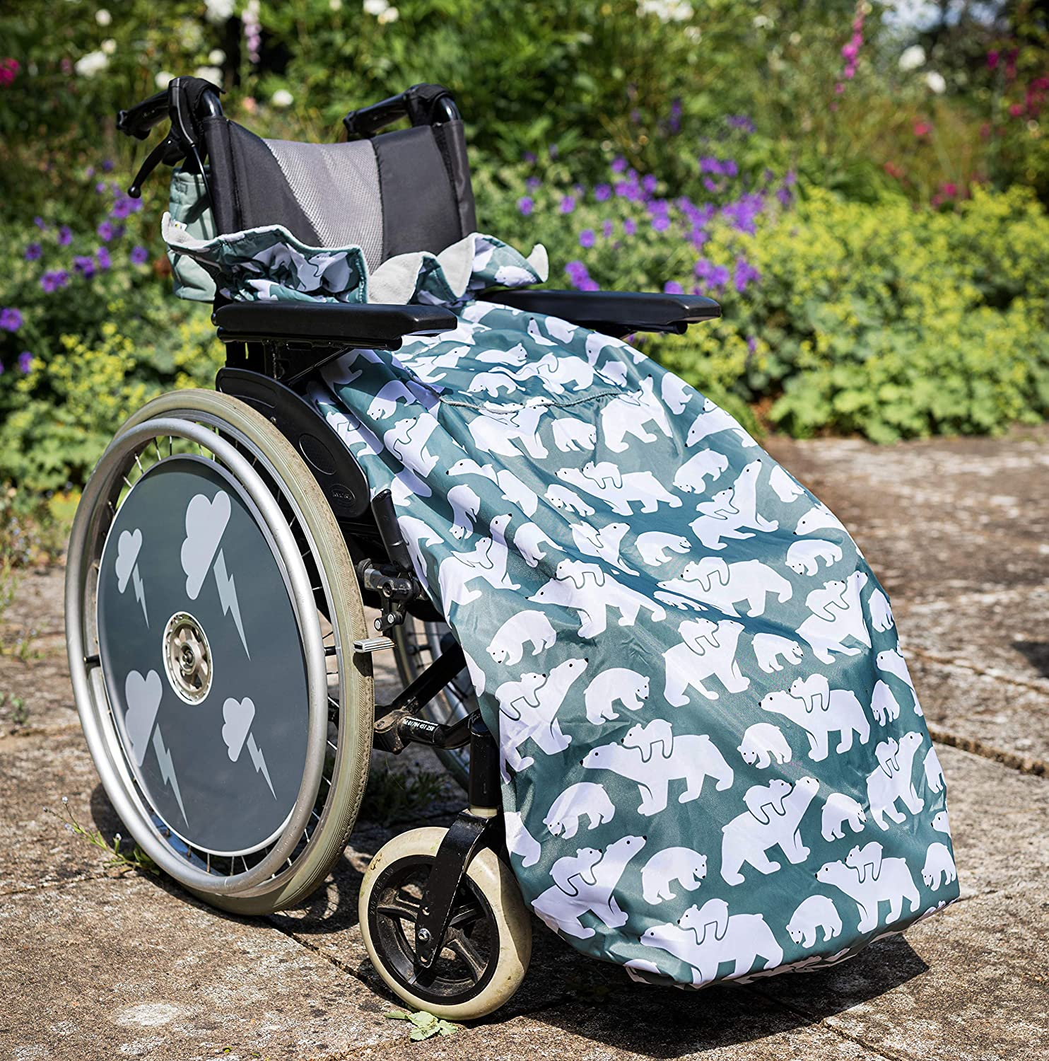 100% Waterproof Fleece Lined Wheelchair Cosy Cover | Universal fit for Manual and Powered wheelchairs | Adult Size (Polar Bear)