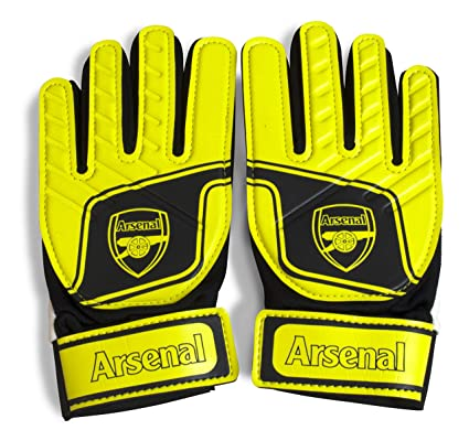 Arsenal FC Childrens Kids Official Football Crest Goalkeeper Gloves   Amazon.co.uk  Sports   Outdoors 0fafd0f4ea40