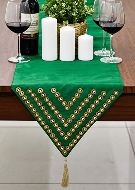 Amazon.com: The White Petals Emerald Green Round Table Runners (Faux Silk,  Wood Bead, 14x72 Inch, Pack Of 1): Home U0026 Kitchen