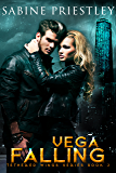 Vega Falling: Vega Falling: Sexy Dragon Shifter Finds His Mate in a Beautiful Hacker Determined to Ignore His Call. Tethered Wings #2