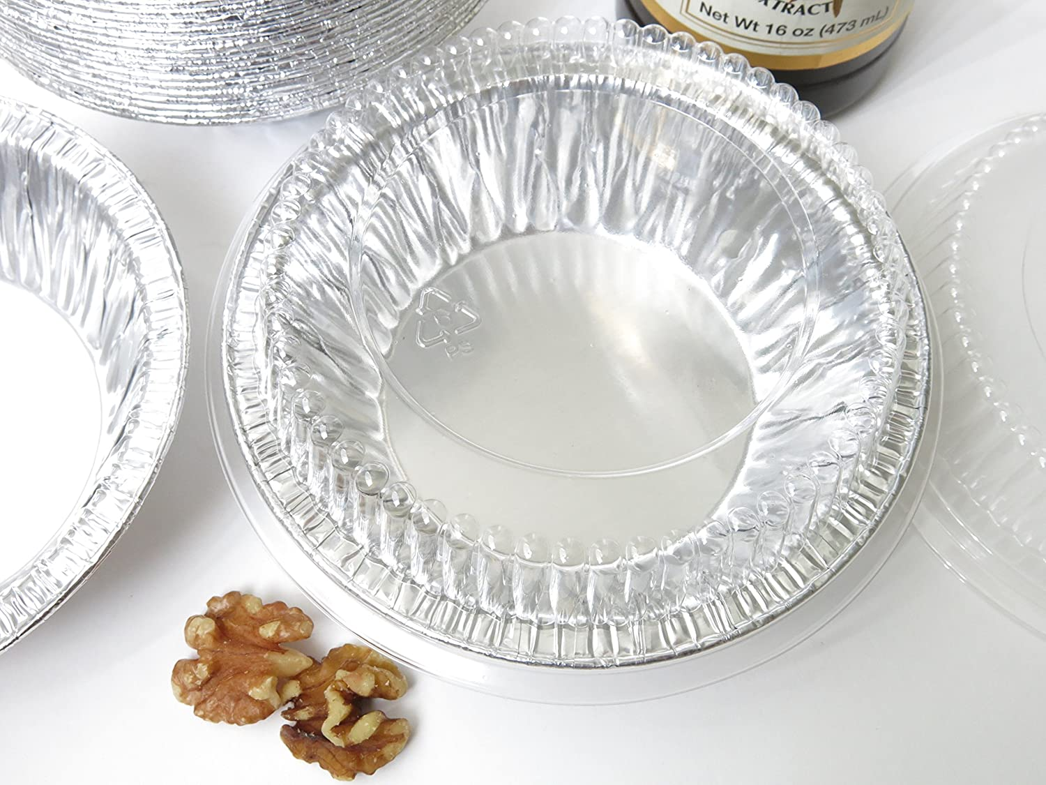 Amazon.com Disposable Aluminum 5  Tart Pan/inidual Pie Pan w/ Clear Dome Lid #501P (500) Kitchen u0026 Dining & Amazon.com: Disposable Aluminum 5