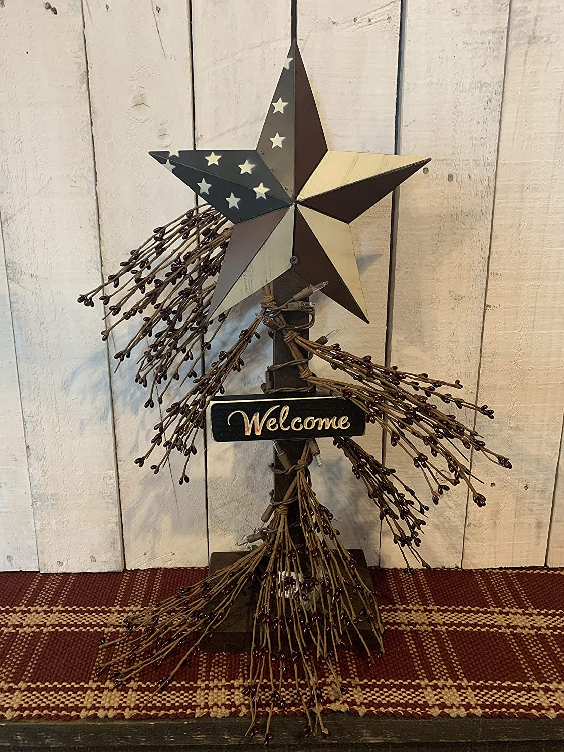 Amazon Com Metal Star Americana Lighted Pip Berries Tabletop Stand Decor Red White And Blue American Flag Farmhouse Rustic Lighting Primitive Country Home Decor Handmade