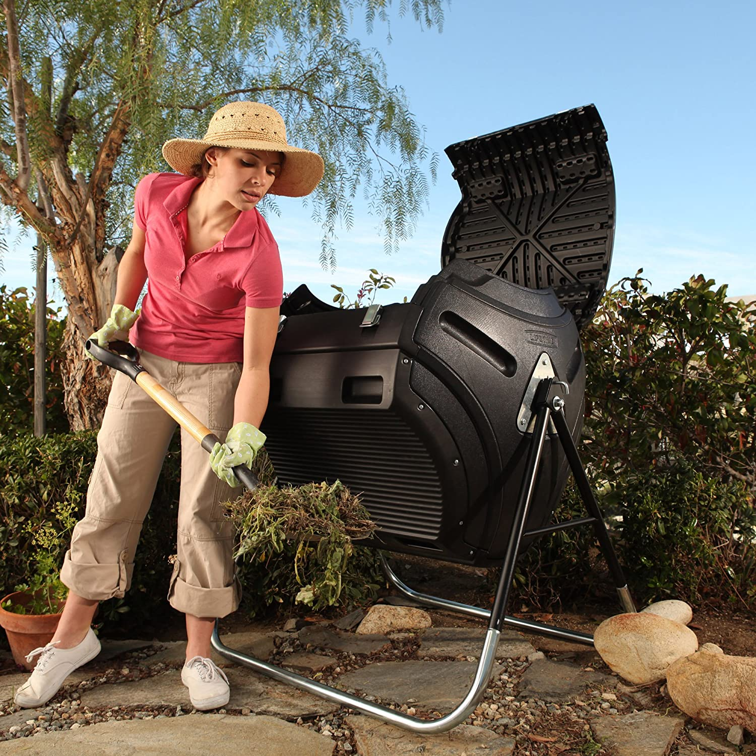 Lifetime 60058 Compost Tumbler is made out of plastic materials