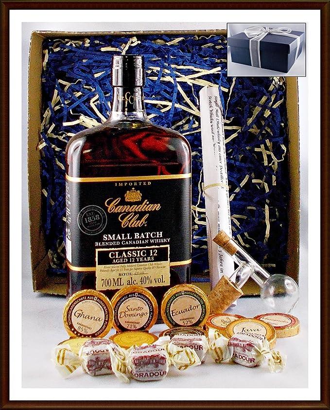 Geschenk Canadian Club 12 Jahre Whisky mit Flaschenportionierer + 10 Edel Schokoladen von DreiMeister & DaJa + 4 Whisky Fudge
