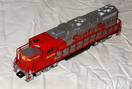 Amazon Com Life Like Sante Fe 3600 Locomotive Diesel Engine Ho Scale Toys Games