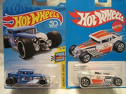68b5c02fc3b92f Amazon.com  Hot Wheels Legends Of Speed Blue Bone Shaker   Retro ...