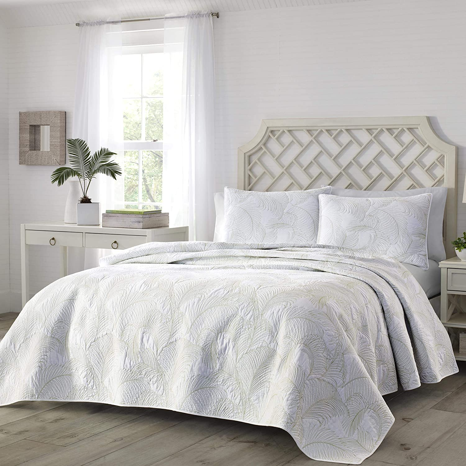 Tommy Bahama Paradise Fronds Quilt Full/Queen Pastel Green