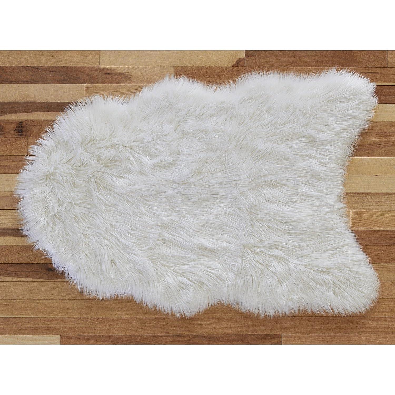 NoJo Ivory Faux Sheepskin Shaped Decorative Nursery Rug Ivory