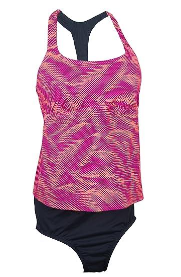 235685be8bb90 NIKE Women's Racerback Active Tankini Top at Amazon Women's Clothing store: